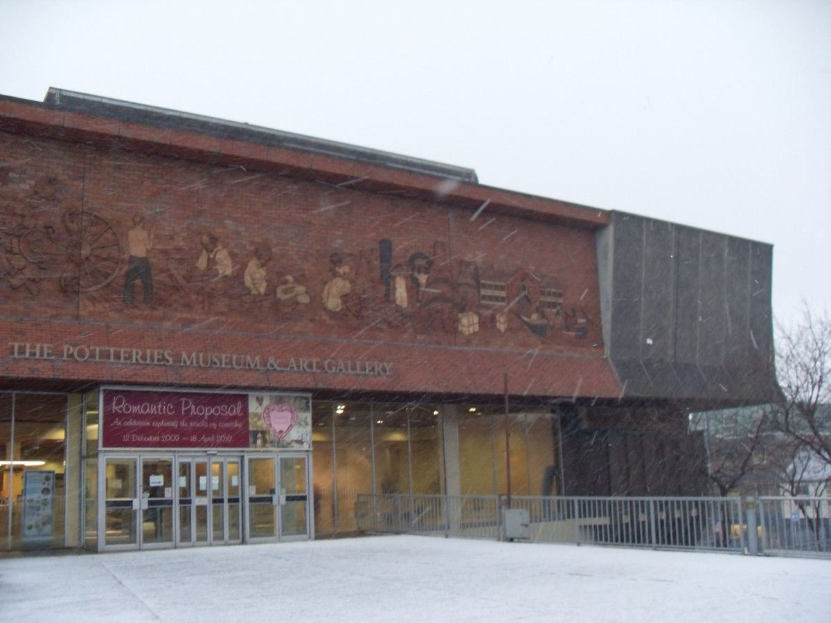The Potteries Museum And Art Gallery Stoke On Trent