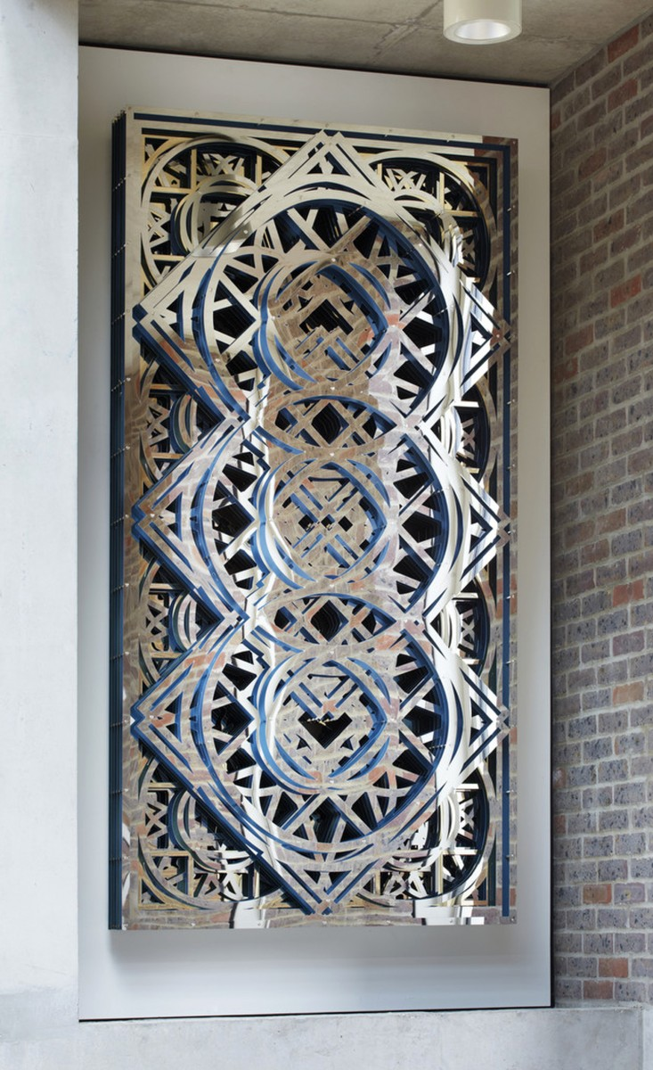 Our Knot, stainless steel, acrylic and fixings, 2013. Installation at Ortus, London. © the artist