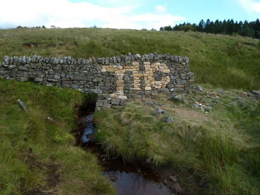 THC Over a Stream, rebuilt dry stone wall, 400cm, Tarset, Northumberland, 2012, © the artist
