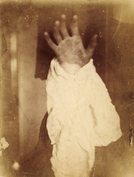Spirit Photograph. Image courtesy Royal Pavilion and Museums, Brighton & Hove