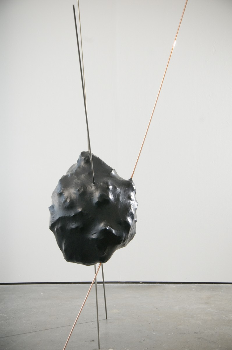 Dark Honeyed Marker, 2010, copper, steel, insulation tape and wire, dimensions variable, photo: Harry Lawson, Stephen King & The Royal Standard, © the artist