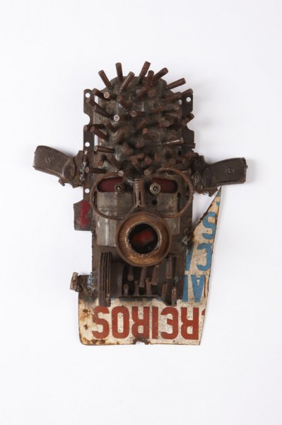 Goncalo Mabunda, Untitled (Mask), 2013, decommissioned welded arms. Image courtesy the artist and Jack Bell Gallery, London