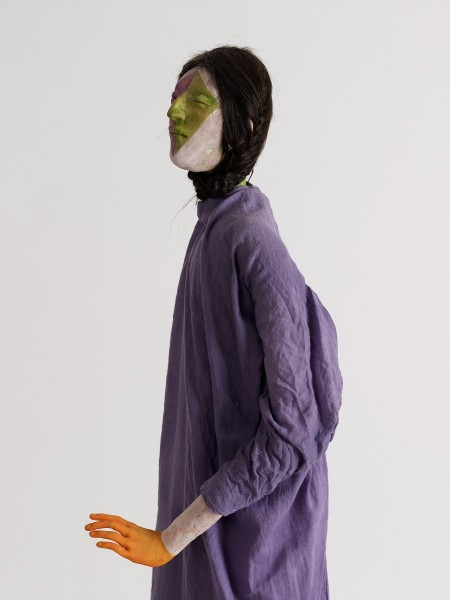 Allegro, 2013, Modelling material, foil, wire, paint, cloth, 99 x 38 x 24 cm