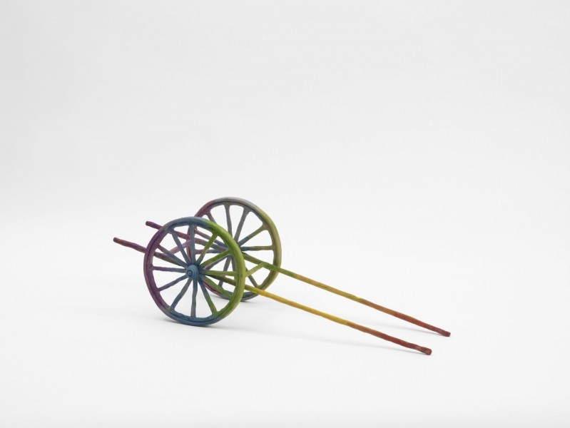 Wagon, 2012, Modelling material, foil, wire, paint, cloth, 19 x 20 x 59 cm
