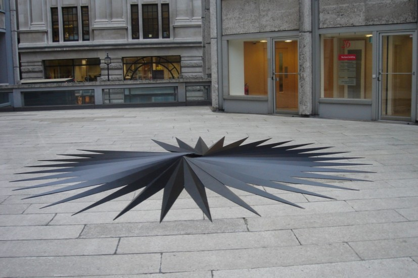 Robert Orchardson, The substance of things unseen, The Economist Plaza, 2005. Image courtesy the artist, © the artist