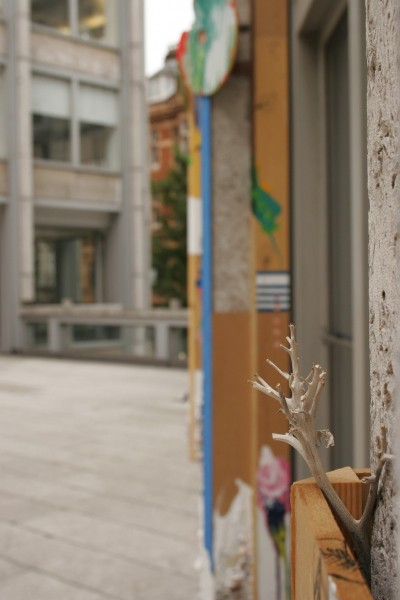 Julie Verhoeven, Saint James's in Bloom, The Economist Plaza, 2006. Image courtesy Julie Verhoeven, Riflemaker and the Contemporary Art Society. Photo: Matthew Blaney