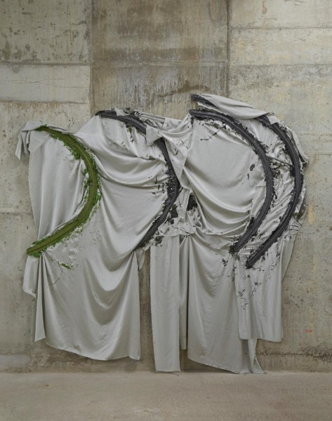 Rebecca Ackroyd, Pillow Talk, resin cast and silk satin, 230 x 210cm, 2014, courtesy Kinman, London
