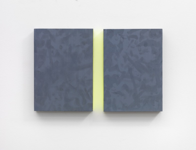 Mary Ramsden, One-two, 2015, oil on board, 2 panels: 26 x 18 x 3.5cm (each) / 26 x 36 x 3.5cm (overall).Courtesy of the artist and Pilar Corrias Gallery. Photo: Ken Adlard.