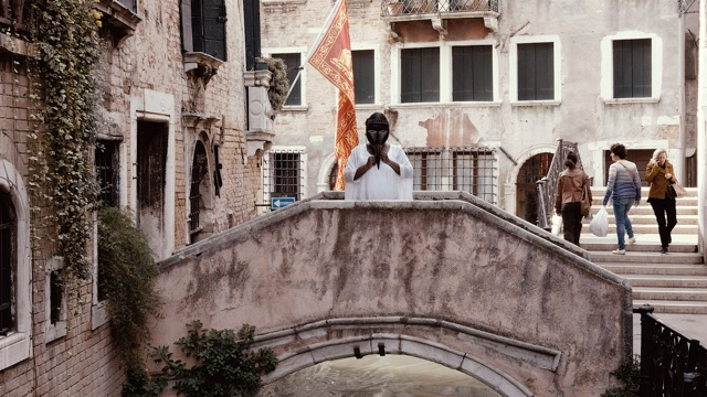 A performance by Barby Asante at Diaspora Pavilion, Venice, May 2017