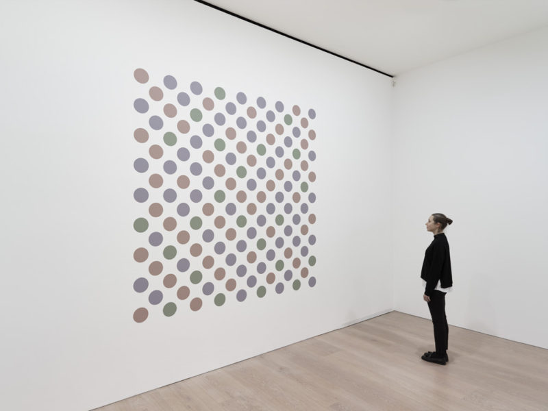 Bridget Riley, Measure for Measure 7, 2016. Graphite and acrylic on plaster wall, 238 x 238 cm. © Bridget Riley 2017, all rights reserved. Courtesy David Zwirner, New York/London