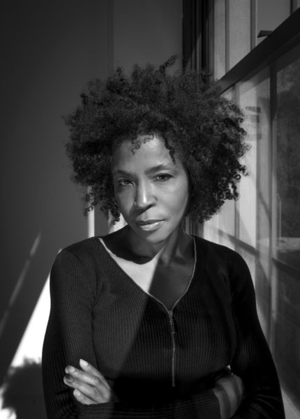 Portrait of Lorna Simpson. Photo: James Wang. Courtesy the artist and Hauser & Wirth.