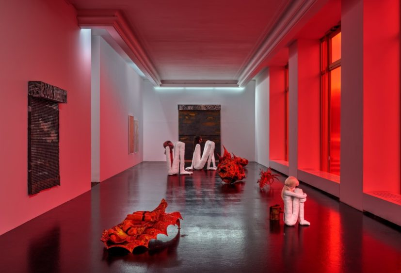 Rebecca Ackroyd, The Mulch (installation view) at Peres Projects, Berlin. Courtesy Peres Projects, Berlin. Photographer: Matthias Kolb