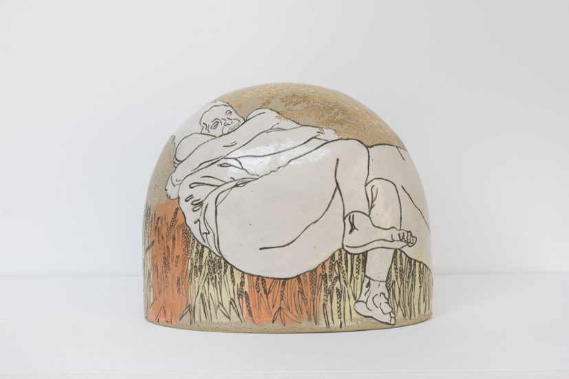 Emilie Taylor, Small boulder I, 2018, 24 x 20 x 12cm, slip decorated stoneware with oxides and bespoke 9ct gold transfers. Courtesy the artist and Bosse & Baum. Photo credit: Damian Griffiths