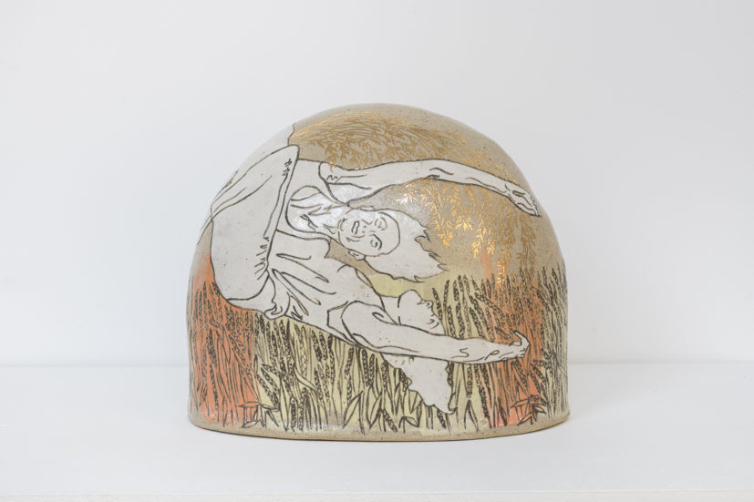 Emilie Taylor, Small boulder II, 2018, 24 x 20 x 12cm, slip decorated stoneware with oxides and bespoke 9ct gold transfers. Courtesy the artist and Bosse & Baum. Photo credit: Damian Griffiths