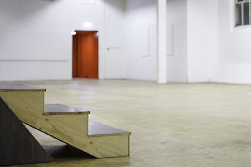 Abbas Zahedi, Ouranophobia SW3, 2020. Installation view at the Chelsea Sorting Office (General Release). Photo: the artist.
